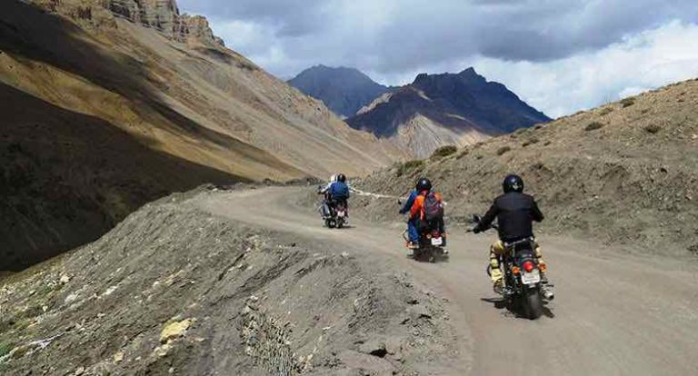 Leh Ladakh group tour with family and friends